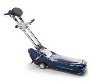 Montascale a cingoli Sherpa N957, ausilio saliscale per anziani e disabili